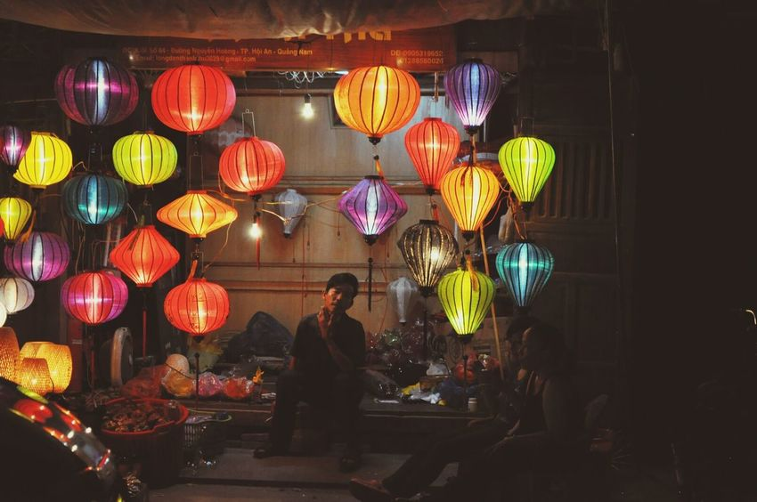 """Light And Shadow Traveling The Story Behind The Picture EyeEm """"Preparing for the full moon light festival."""" (Vietnam, 2014)"""