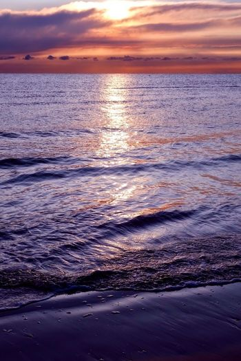 Sunset Beauty In Nature Scenics Sea Nature Water Tranquil Scene Tranquility Sky Cloud - Sky Outdoors Idyllic Beach Reflection No People Wave Sun Rippled Horizon Over Water Sunlight