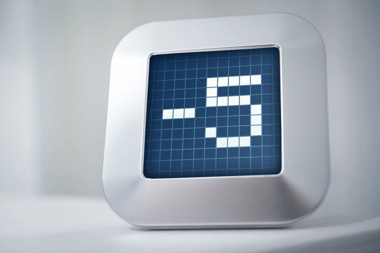The Number -5 On A Digital Calendar, Thermostat Or Timer -5 Business Countdown Office Screen Calendar Chrome Clock Close-up Computer Counter Degree Device Digital Display Hours Indoor Macro Minus Five Minute Number Second Thermostat Timer Vintage