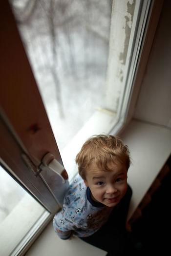 Anticipation Babyboy Boy Caucasian Child Childhood Contemplation Kid Look Looking Minor Preschooler Shelter Silhouette Small STAND Standing Through Window Windowsill