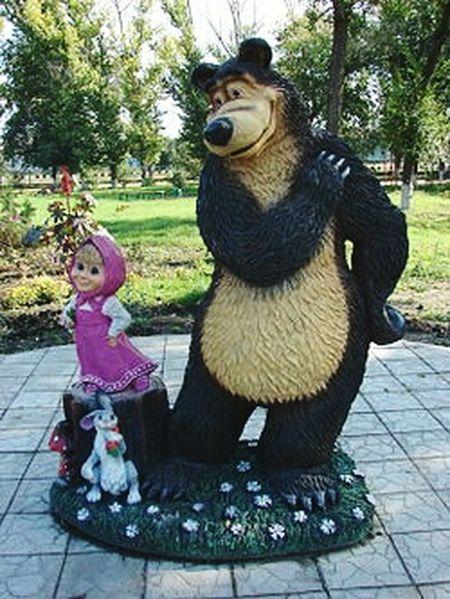 Елань Маша и медведь:) фигурка Taking Photos EyeEm Gallery Eye4photography  Statues Cartoon Characters Hi! Relaxing