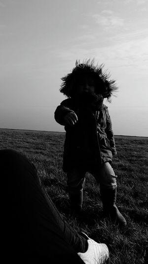 Tag am Deich :) 🌷 Spazieren Und Fotografieren Daswasichsehe😊 ♪♫ Moments 💕💕💕💕💕💕💕 Deich  Am Deich Christina  Happy Day 😊😊be Happy 💋💋💋❤️❤️❤️ Emily Blackandwhite Water Nordsee Nordseeküste :) :))
