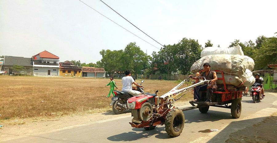 Mengais rejeki.. Transportation Riding Agriculture Mode Of Transport Tractor Indonesia_photography Cirebon