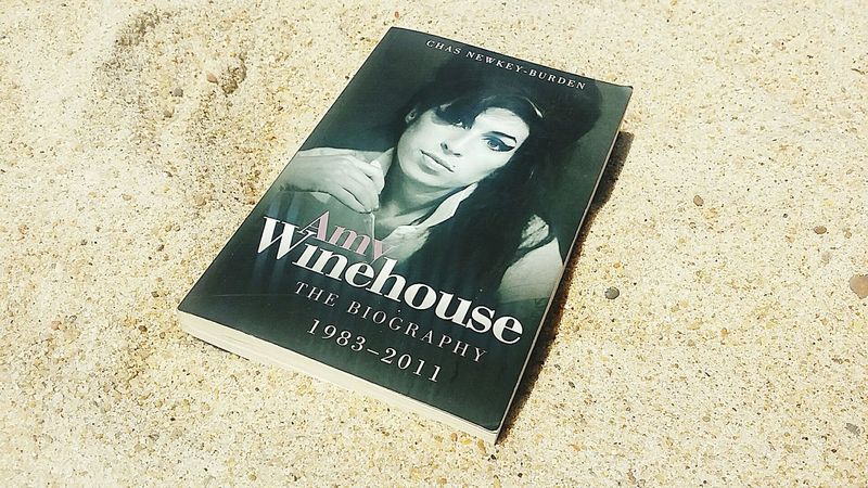 Amy Winehouse Biography Books Book Lover Bookholic Biografia Beach Reading