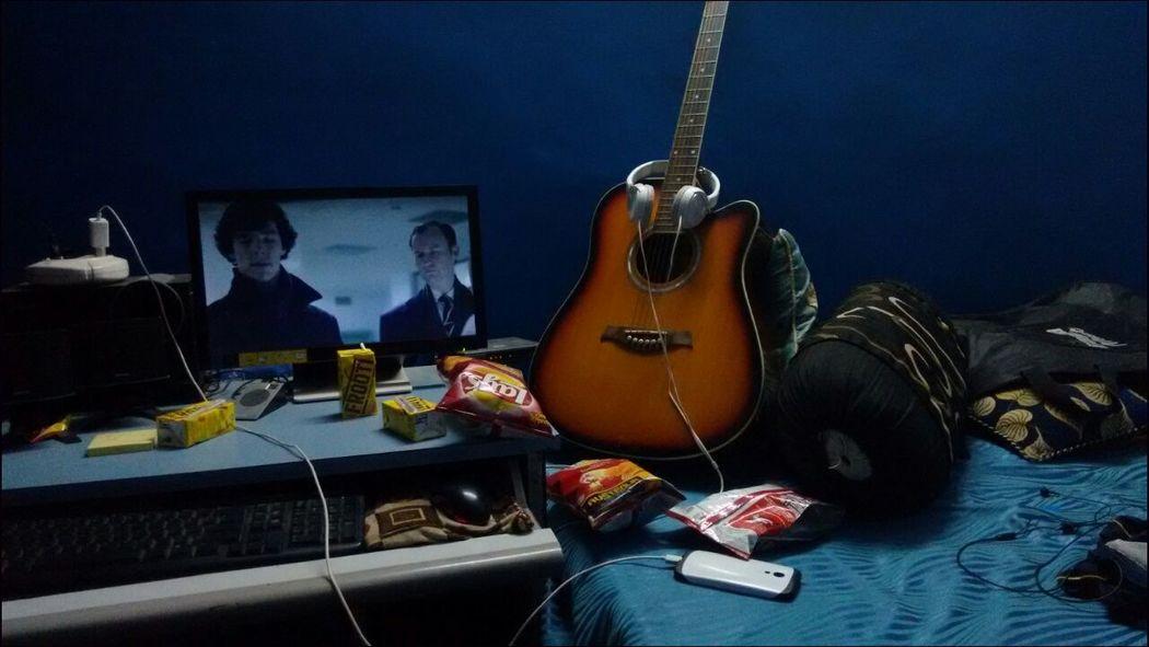 Watching Tv Sherlock Sherlocked My Room Stays Dirtyyyy  My Room I Am Sherlocked