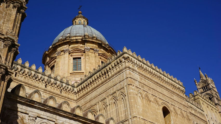 Dome. Cupola. Cathedral of Palermo. Palermo, Sicily, Italy. Sony Sonyalpha Sony A6000 Photographer Photo Photography EyeEm Selects EyeEm Best Shots Cathedral Italy Sicily Palermo Palermo Cathedral Cathedral Palermo Archs City Dome Place Of Worship Religion Blue History Clear Sky Civilization Sculpture Sculpted