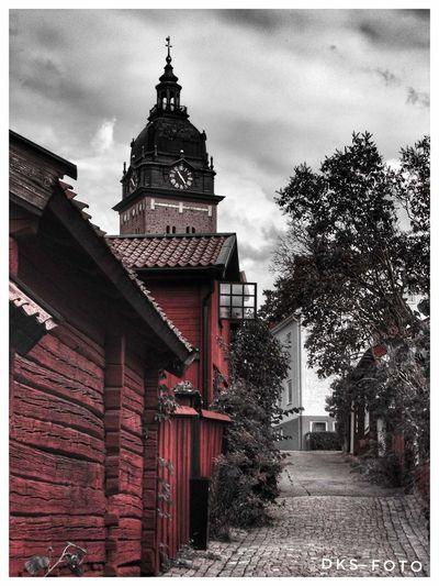 Church Strängnäs Windows Sweden The True Story Tree City Sky Architecture Building Exterior Built Structure Religion
