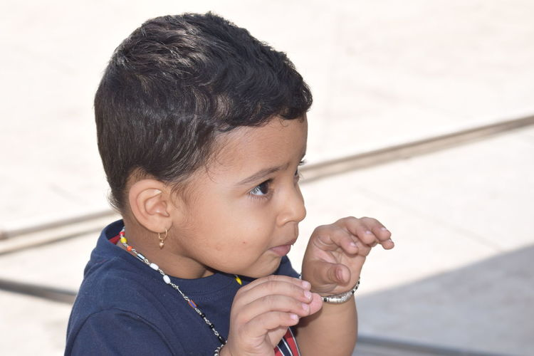 cuteness...😍😍 NIKON D5300 Nikon Photography Nikon Nikonphotography Photography Boy Nikond5300 Day Frozen Food Child Childhood Human Hand Close-up Children Toddler  Babyhood