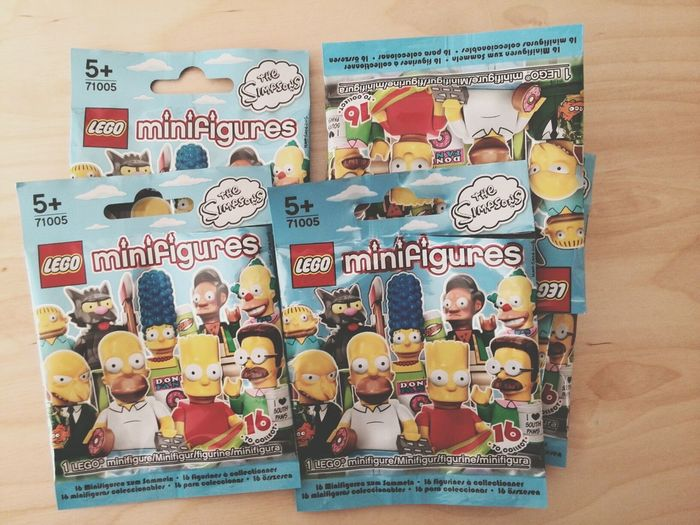 The Simpsons Lego Minifigures Chief Wiggum Itchy And Scratchy