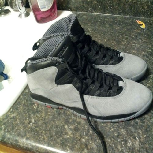 Gonna rock these for the show tonight.... Come turn up with us on behalf of @musicbyxochi Liveit Infared FlexonEmonetime