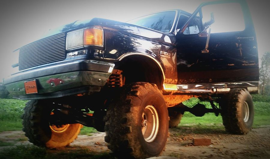 Big Wheels Jacked Up Jump High country boy toy