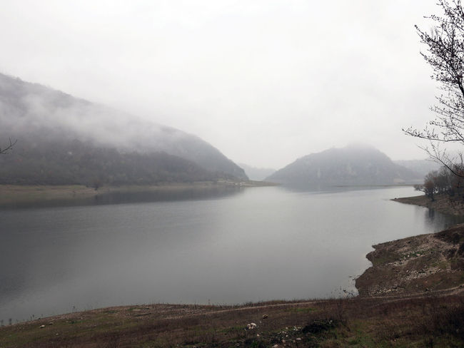 Fog Foggy Lago Del Turano Lake Landscape Mist Scenics Silence Tranquil Scene Tranquility Water Winter