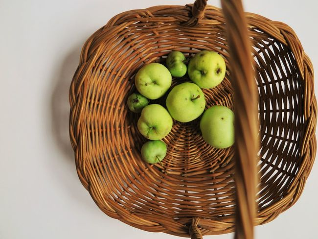 Apple Apples Basket Brown Country Apples Day Food Food And Drink Food And Drink Freshness Garden Fruits Green Healthy Healthy Eating Healthy Food Healthy Lifestyle Healthy Snack High Angle View Juicy No People Snack Still Life Vegetarian Food