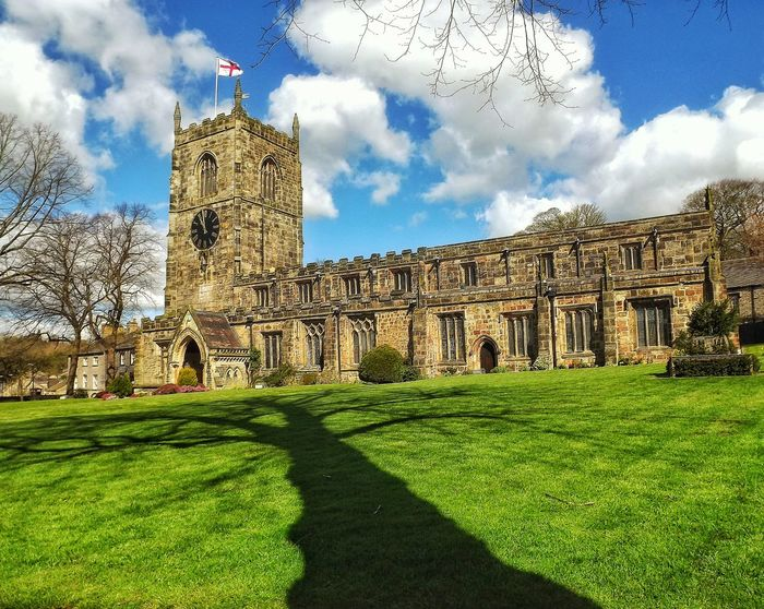 Took on a lovely day at Skipton church in the centre of Skipton townSkipton Shadow Photography See The World Through My Eyes Eye For Photography Fujifilm Beauty In Nature Nature_collection Creative Light And Shadow Color Photography EyeEm Masterclass Hdr_Collection No People EyeEm Tree Collection Shadow And Light Beautiful Place Eye For Nature Church Buildings Sunny Day EyeEm Best Shots EyeEm Best Shots - Landscape Showing Imperfection