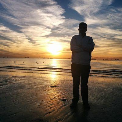 Hormozgan BandarAbbas Sky Sea Sun Irantravel Mustseeiran Seashore Good Morning Srna Photographer Nexus5 Persian Gulf پاییز طلوع بندرعباس هرمزگان دریا ساحل صبح خوش خلیج پارس ۱۳۹۳/۰۹/۲۴ 2014/12/15