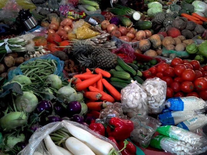 các loại rău củ quả giầu dinh dưỡng chống lão hóa tốt cho lan da và sự trẻ chung của phụ nữ Vietnam Vegetable Food And Drink Food Market Variation Market Stall Tomato