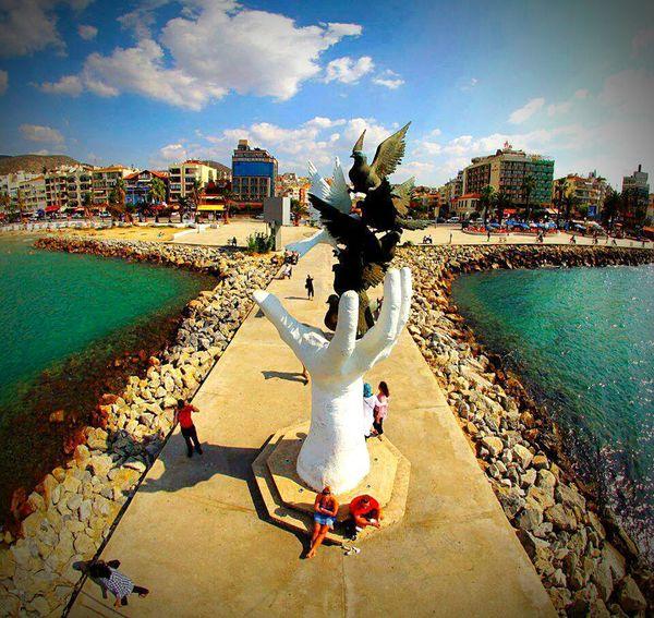 Kusadasi The Statue Of Liberty Sculpture Freedom Bodrum Sea Hi! Hello World Popular Photo Air