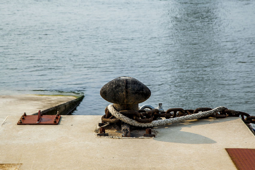 Arabatgil Art And Craft Balance Chain Context Docking Fountain Metal Motion Outdoors Relaxation Rippled Rope Rusty Sculpture Sea Splashing Stone Strength Water Waterfront Wet Zoology