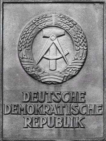 German democratic republic plate Freiheitberlin Cold War DDR East Germany GDR German Democratic Republic Germany GERMANY🇩🇪DEUTSCHERLAND@ Metal Plate Old Fashioned Régime Berlin Battle Of The Cities East Berlin