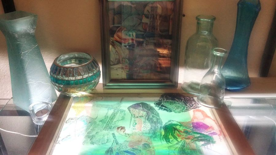 Some art ive been working on Indoors  Bottle ArtWork Photography Myself Illuminated Oringinal Art, Drawing, Creativity Beauty Etching Glass Artofvisuals Art Laboratory PicArt Artmash Loveit Fun Indoors