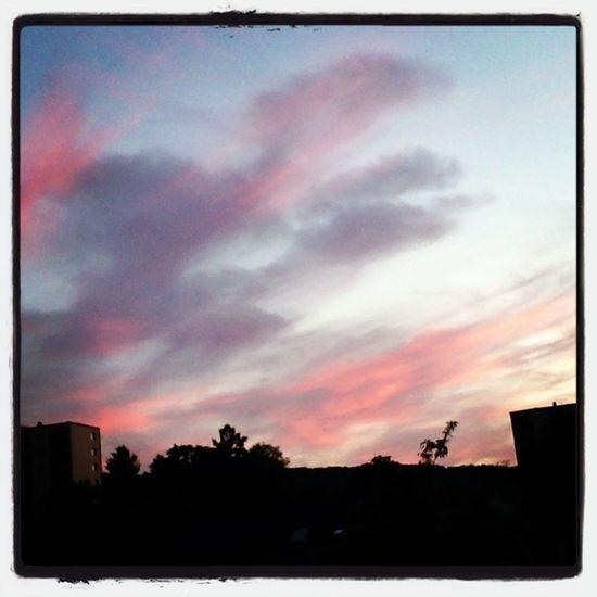 Clouds Sunset #sun #clouds #skylovers #sky #nature #beautifulinnature #naturalbeauty #photography #landscape
