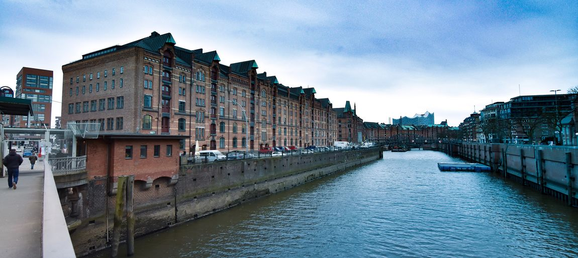 Speicherstadt Hamburg Cityphotography Städtefotografie Fotografieren Fotografie Foto Photography Photo Weitwinkelige Perspektive Speicherstadt Hamburg Speicherstadt Architecture Sky Built Structure Building Exterior Outdoors Day Water No People City