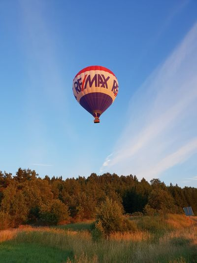 Whit The Family ♥ Summer Outsid Our House Adventure In The Sky Hot Air Balloon Flying Air Vehicle Blue Balloon Sky