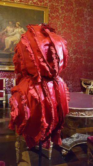 red ! Museum Palazzo Pitti Haute Couture Fashion Dress No People Mise En Scene Florence Firenze Italia Italy Red Indoors  Fashion Stories Visual Creativity The Fashion Photographer - 2018 EyeEm Awards
