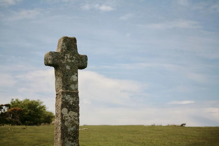 Dartmoor National Park Sky Granite Rocks Granite Cross Wilderness Christianity History Religious  Cross Shape Crucifix The Past Religious Symbol Archaeology Ancient Historic Farmland Ancient Rome Old Ruin Jesus Christ