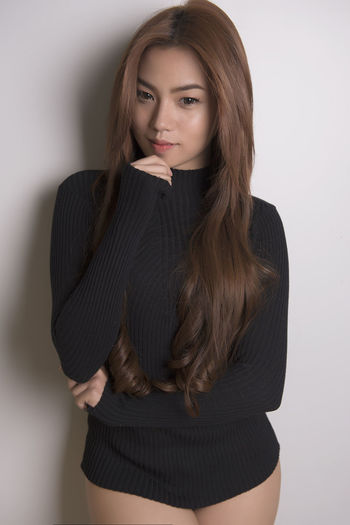 Beautiful Woman Beauty Comfortable Comfy  Comfy And Cozy Dramatic EyeEm Best Shots Eyeem Philippines Long Hair Model Modeling Modelling One Person One Woman Only One Young Woman Only Photoshoot Portrait Pose Sexygirl Sexylegs Studio Shot Sweater Sweatshirt Young Adult Young Women Uniqueness