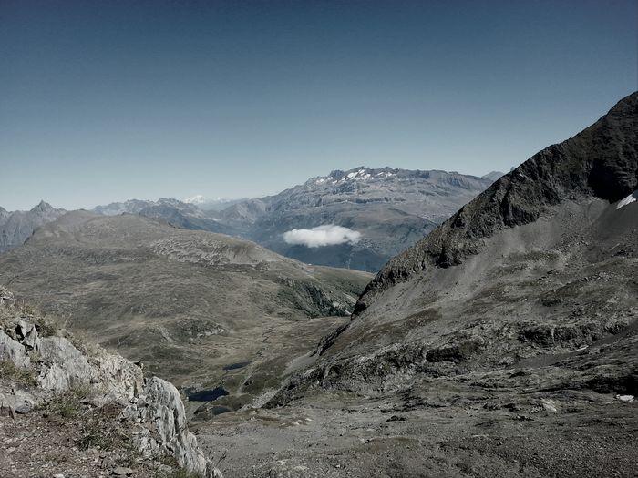 At 2800m near an Ingressportal : a little Cloud. Playing Ingress