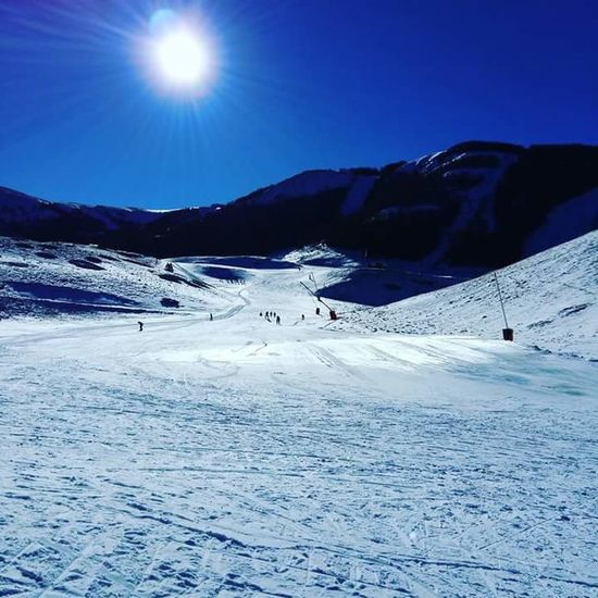 Snow Sports Snow Cold Temperature Winter Landscape Mountain Nature Beauty In Nature Mountain Range Scenics Sky Polar Climate Outdoors Ice No People Snowboarding Day