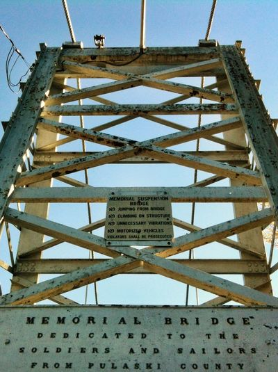 Memorial Bridge. Geometric Shapes