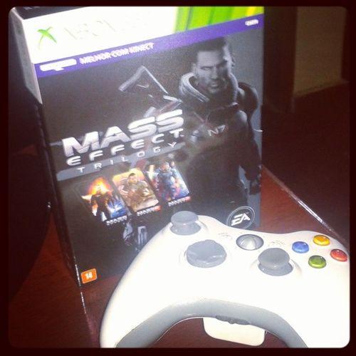 Presente de niver mais foda de todos! Muito amor!!! Masseffect Xbox360 Instagamer Games Aniversario Bday Hashtagseternas