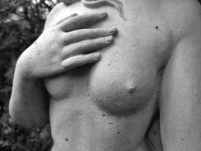 Midsection One Person Human Body Part Abdomen Human Hand Health Female Hand Woman Statue Sculpture Beauty Bust  Art Stone Sculpture Venus De Milo Venus Portrait Body Study Young Adult Portrait Of A Woman Black And White