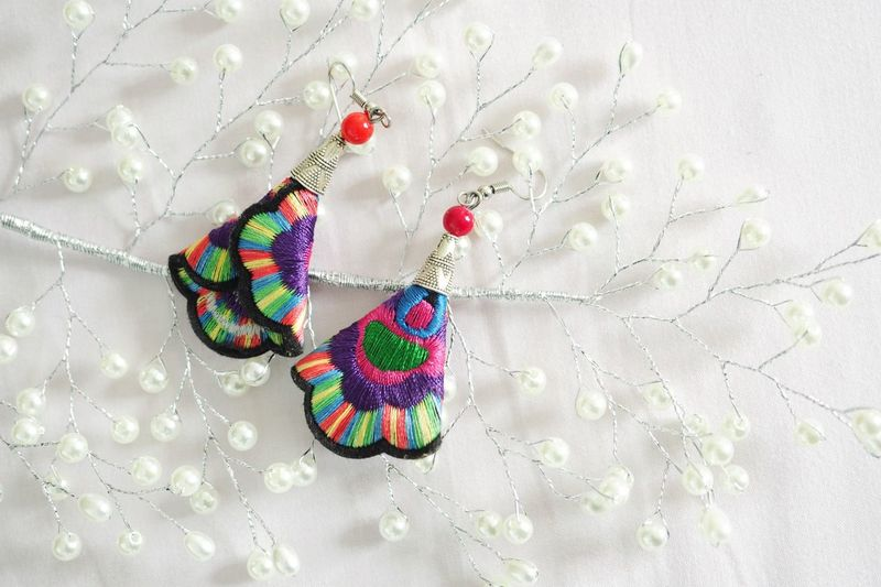 Textile Multi Colored Jewelry Clothing Pattern No People Art And Craft Wool Material Fashion Craft Personal Accessory Necklace Heart Shape Dress Sequin Creativity Bead Hanging Indoors