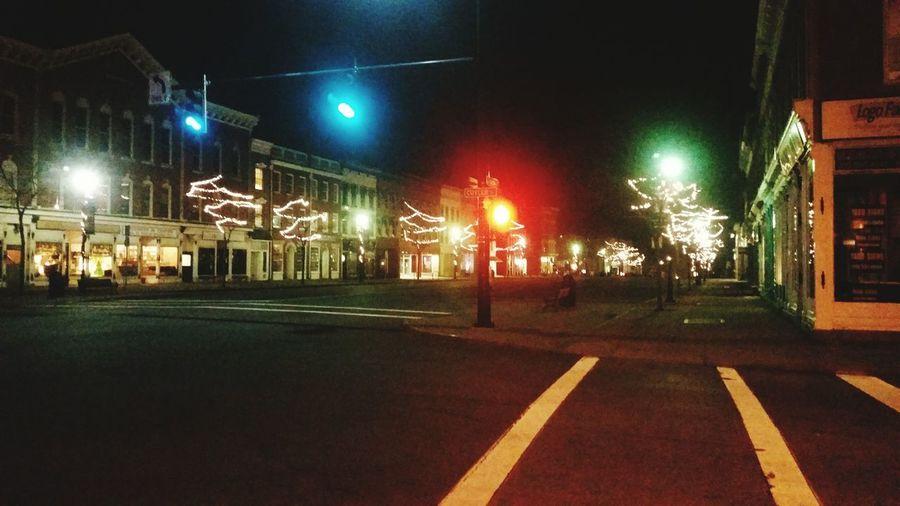 Taking Photos Nature Christmas Lights Downtown Main Street