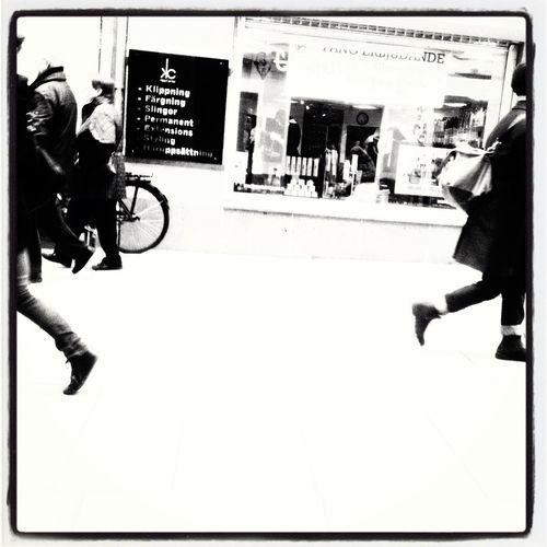 Instagram crop Streetphotography Streetphoto_bw Blackandwhite Graslund
