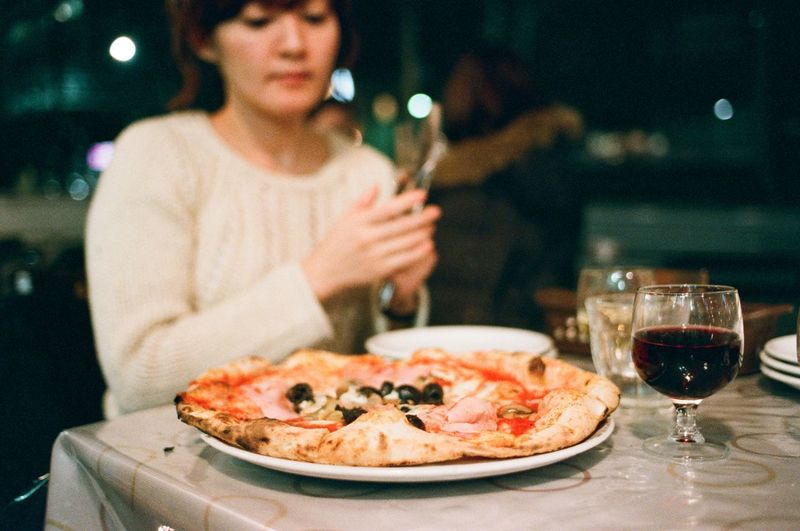 Food Analogue Photography Filmisnotdead Canon AE-1 My World Of Food Analog Tokyo Nakameguro Pizza