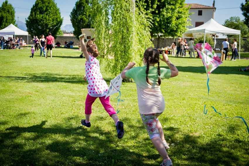 Collected Community Games Kite Children Party Time Nervesa
