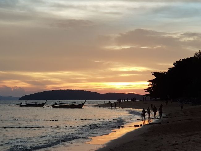 Railay Beach, Thailand Nofilter Samsungphotography Mobile Photography Mobilephotography Thailand Landscape_Collection Landscape_photography Scenery Shots Sunset_collection Beach Water Sky Sunset Land Sea Beauty In Nature Cloud - Sky Nature Scenics - Nature Orange Color Silhouette Real People Sand Outdoors