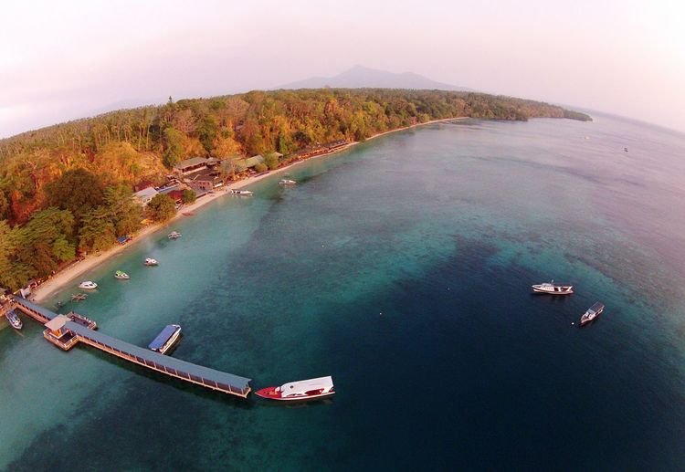 Bunaken Manado - North Sulawesi, Indonesia. Aerial Shot Travel Photography Photojournalist Wonderful Indonesia Pesonaindonesia Maritime Beach Photography EyeEm Nature Lover EyeEm Indonesia