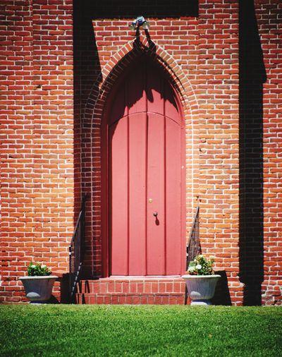 Red door Bricks