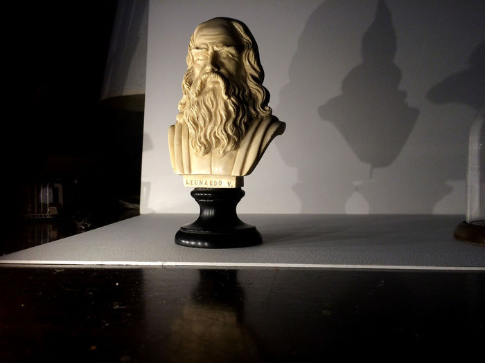 a bust bought years ago, somewhat broken, inspires by its suggestion. Background Base Bust  Chiaroscuro  Close-up Darkness And Light Face Illuminated Leonardo Da Vinci Marble Reflection Sculpture Shadow Shadows Shadows & Lights Stare Statue Table