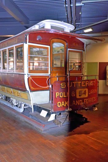 Cable Car Museum_San Francisco 4 Washington And Mason St. Cable Car Barn Inventor : Andrew Hallidie 1873 Halladie's Folly Antique Cable Cars Powerhouse Below Streets Powered By Cable Traction Museum Museum Opened 1974 4 Cable Car Routes Active Today Brick Architecture