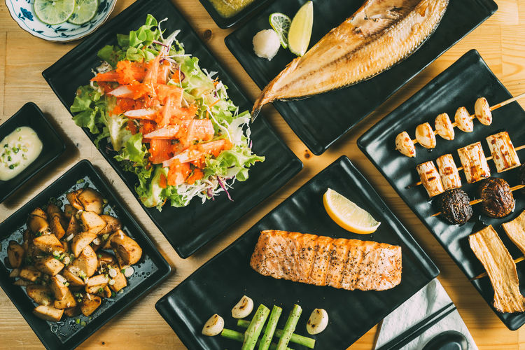 Japanese Food KANI Cutting Board Day Fish Food Food And Drink Freshness Healthy Eating High Angle View Indoors  No People Ready-to-eat Salmon Table Vegetable