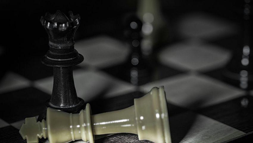 Close-up Chess Piece King - Chess Piece Chess Macro Art Macrolens Macroworld Macrolove Canonlenses Canon5Dmk3 Cinema In Your Life Macro Beauty Macroshot Macro_collection Macro_captures Macro Photography Macro Night Photography Macroporn Chess Board Queen - Chess Piece Knight - Chess Piece No People Illuminated Architecture