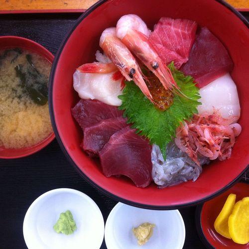Kaisendon in Yaizu. Japanese  Kaisen Kaisendon Misosoup Rice Sashimi  Sushi Takuan Yaizu