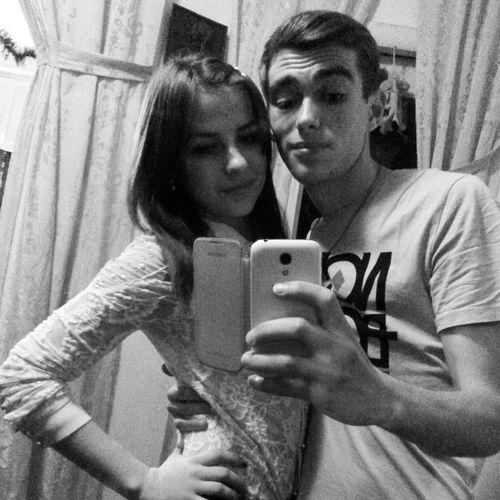 FRIENDS )))