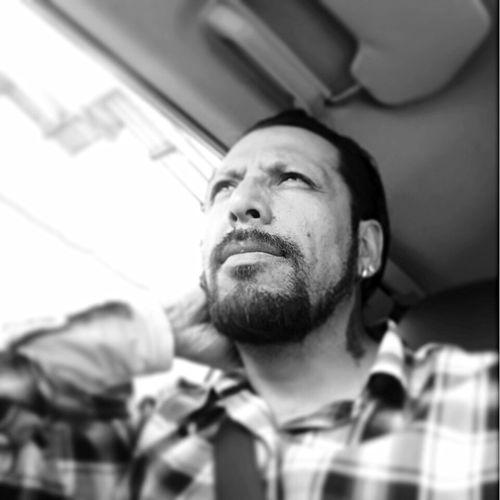ThatsMe Selfportrait Selfie ✌ Men Portrait ... Con El Tiempo He Aprendido Q El No Entender La Vida Me Ha Permitido Vivirla Como Viene Sońando Y Creando A Mi Modo Y Desde Mi Perspectiva.